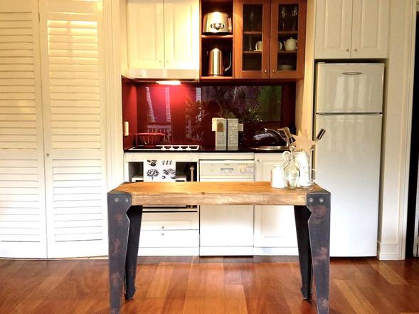 Court Room 100       Kitchen
