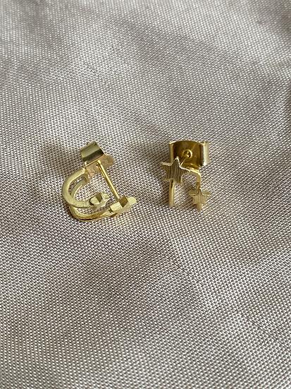 Trellas stud earrings