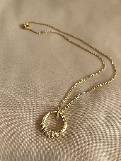 Gold shimmer necklace