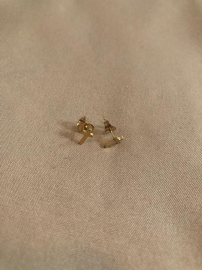 Mini cross studs
