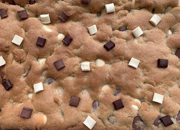 Cookie Bar Traybake