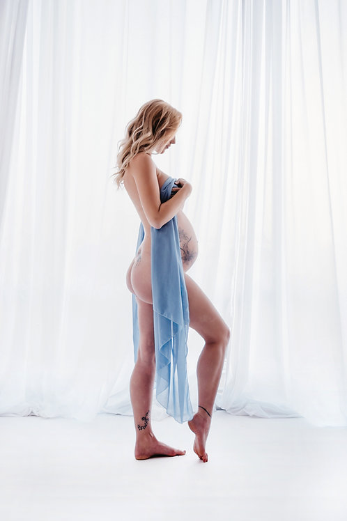 Maternity Studio Photoshoot