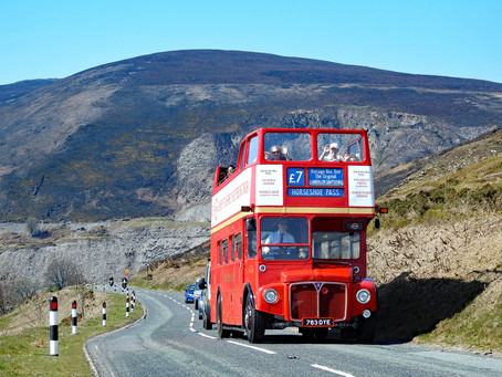 Open-Top Sightseeing Tours in Llangollen