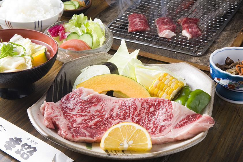九州の出張撮影は、井下良治写真事務所にお任せ。料理撮影 焼肉