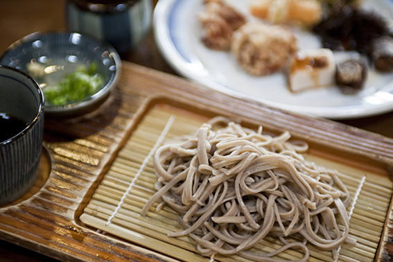 九州の出張撮影は、井下良治写真事務所にお任せ。料理撮影 ざるそば