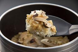九州の出張撮影は、井下良治写真事務所にお任せ。料理撮影 釜飯