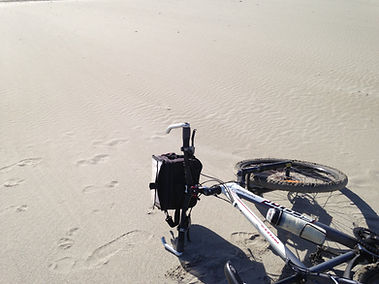 vélo_sur_sable_blanc.JPG