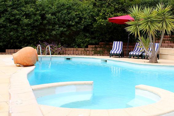 résidence vacances piscine chauffée var les issambres