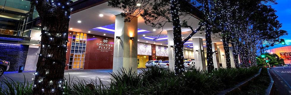 Crowne-Plaza-Auckland-edit-1.jpg