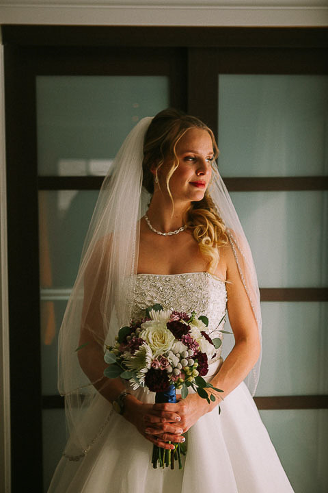 Bridal Shot with her bouquet