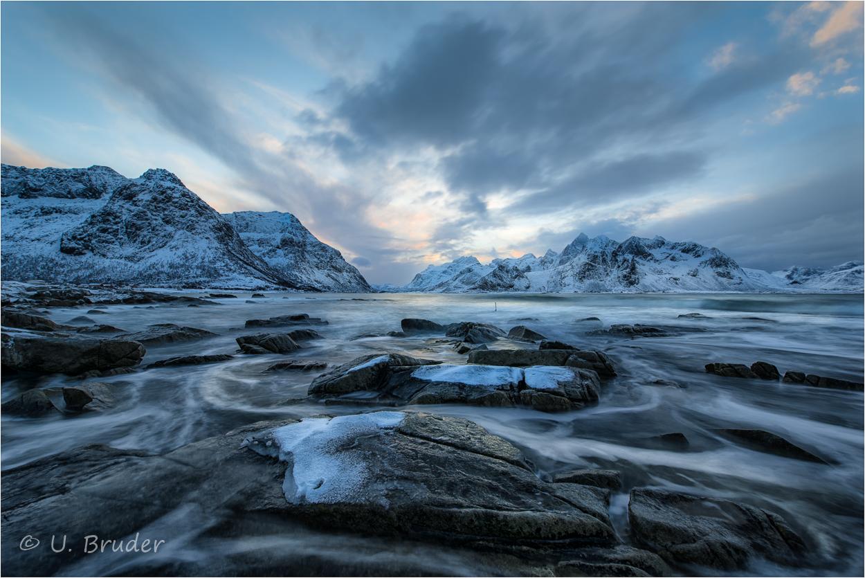 Ice on rocks 2