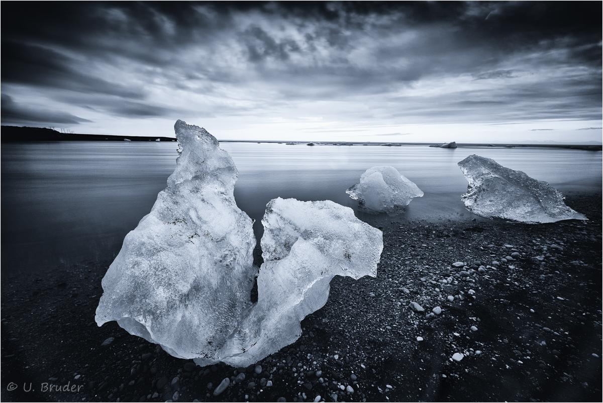 Ice chunk beach