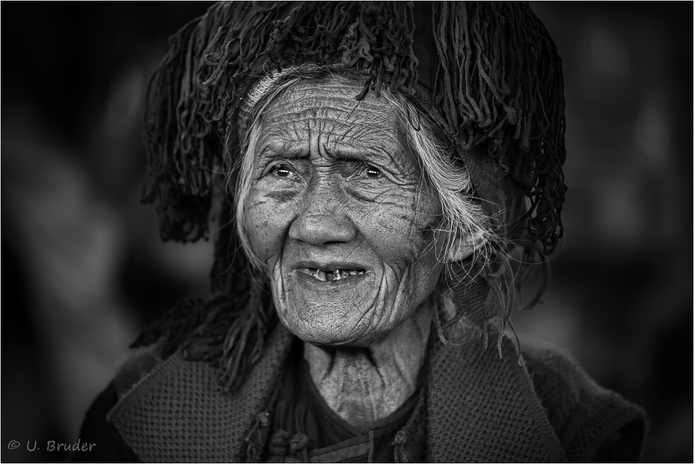 Market woman 1 sw
