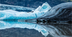 Colours of ice