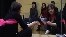 Fragment akcji Moniki Karczmarczyk, Flag, Edynburg 2008, kadr wideo: Filip Szeszula