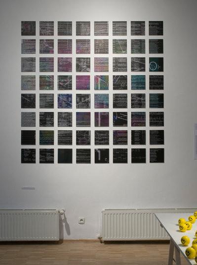 Mike Davies, A Theory of Happiness is Theory of Everything, wydruki cyfrowe 2008, fot. Bartosz Górka