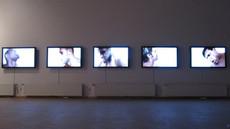Piotr Żyliński, Taka Praca, wideoinstalacja 2010, fot. Joanna Tekla Woźniak
