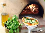 Matthew Lloyd-Fabulous Cob Oven Pizza