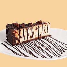 Gluten Free Reeces Cheesecake