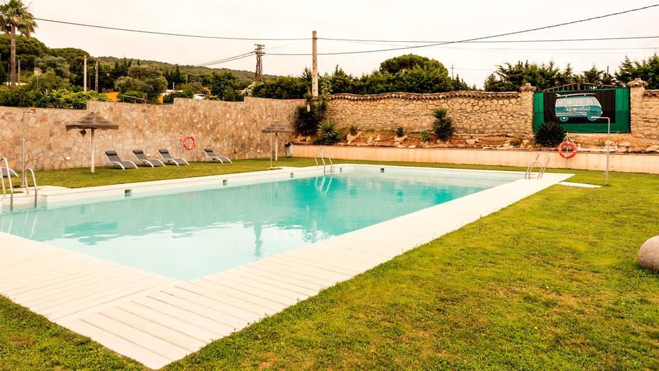 Amplitud de la zona piscina