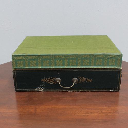 19世紀文房具店の紙箱ラベル付き