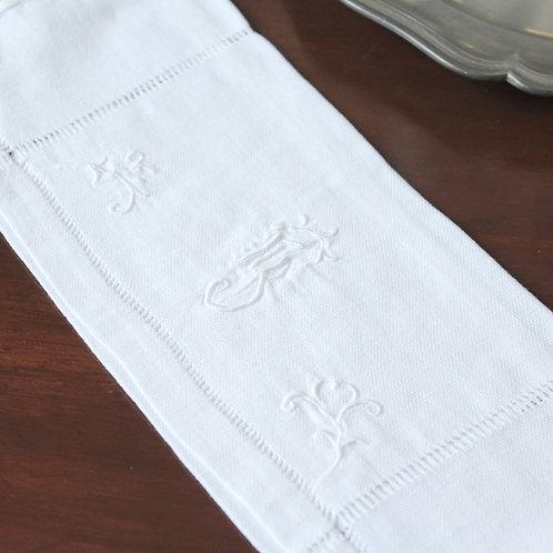 刺繍リネンのケース イニシャル