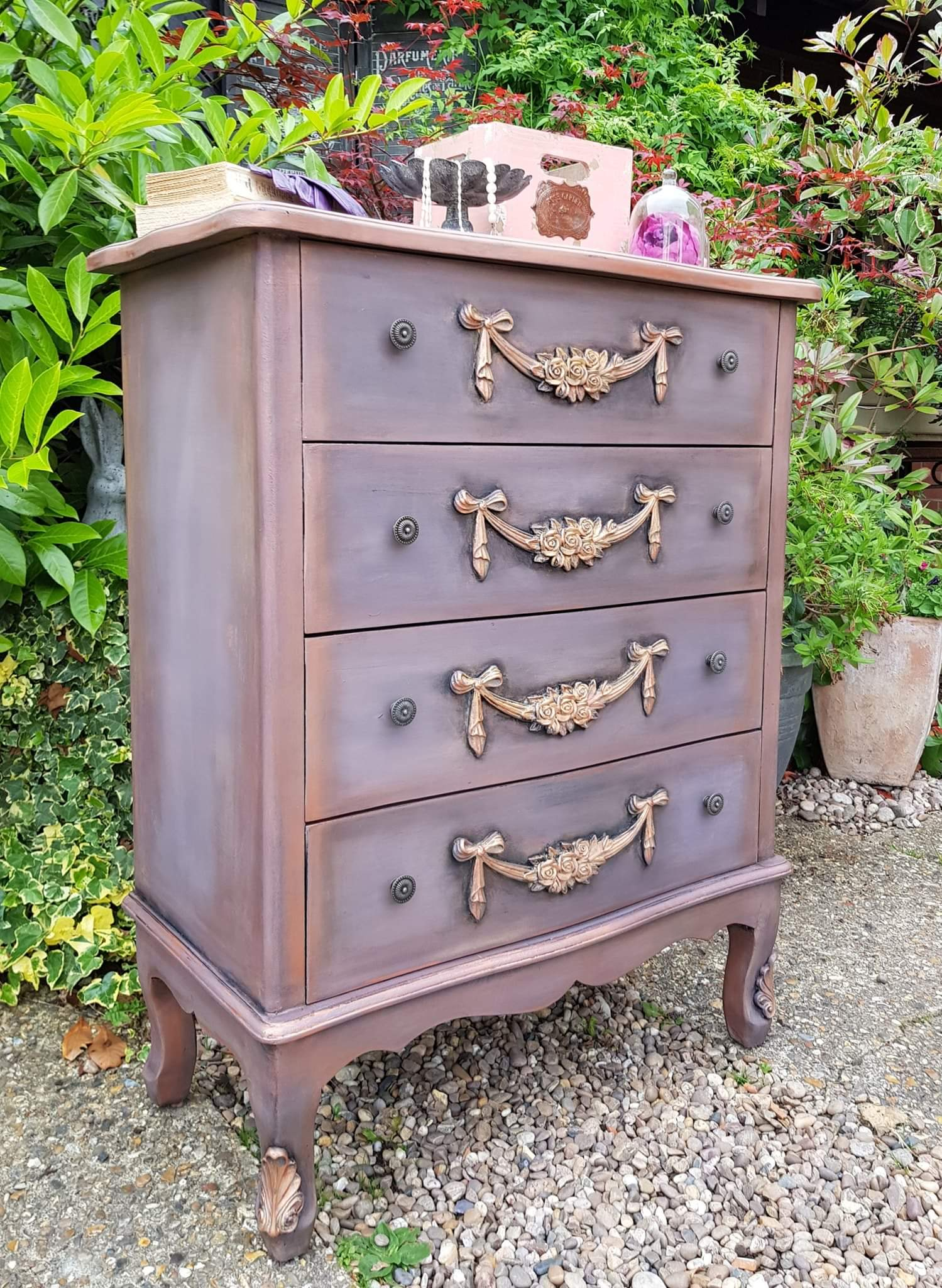 THE ROSE GOLD SHIMMER DRAWERS
