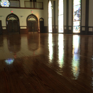 Holy shine! That's a clean holy space!