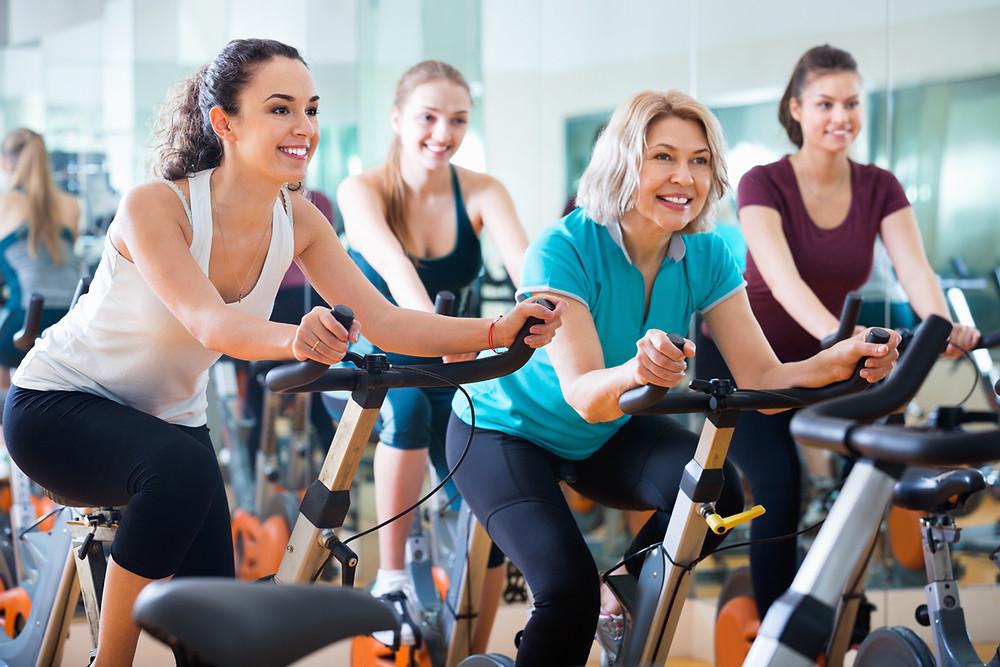 Women exercising to avoid Alzheimer's disease