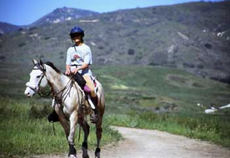happycampcanyon-attatchedtovistadelmarranch-trailriding