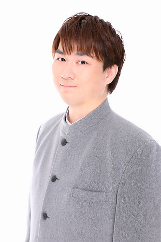 鈴木遊季バストアップ.jpg