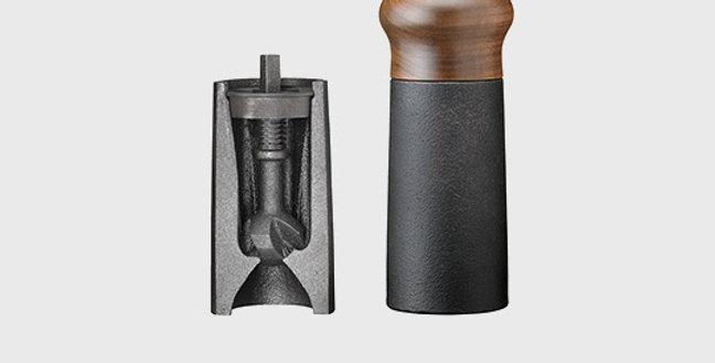 Pfeffermühle 18cm Magnetverschluss und Gusseisen Mahlwerk