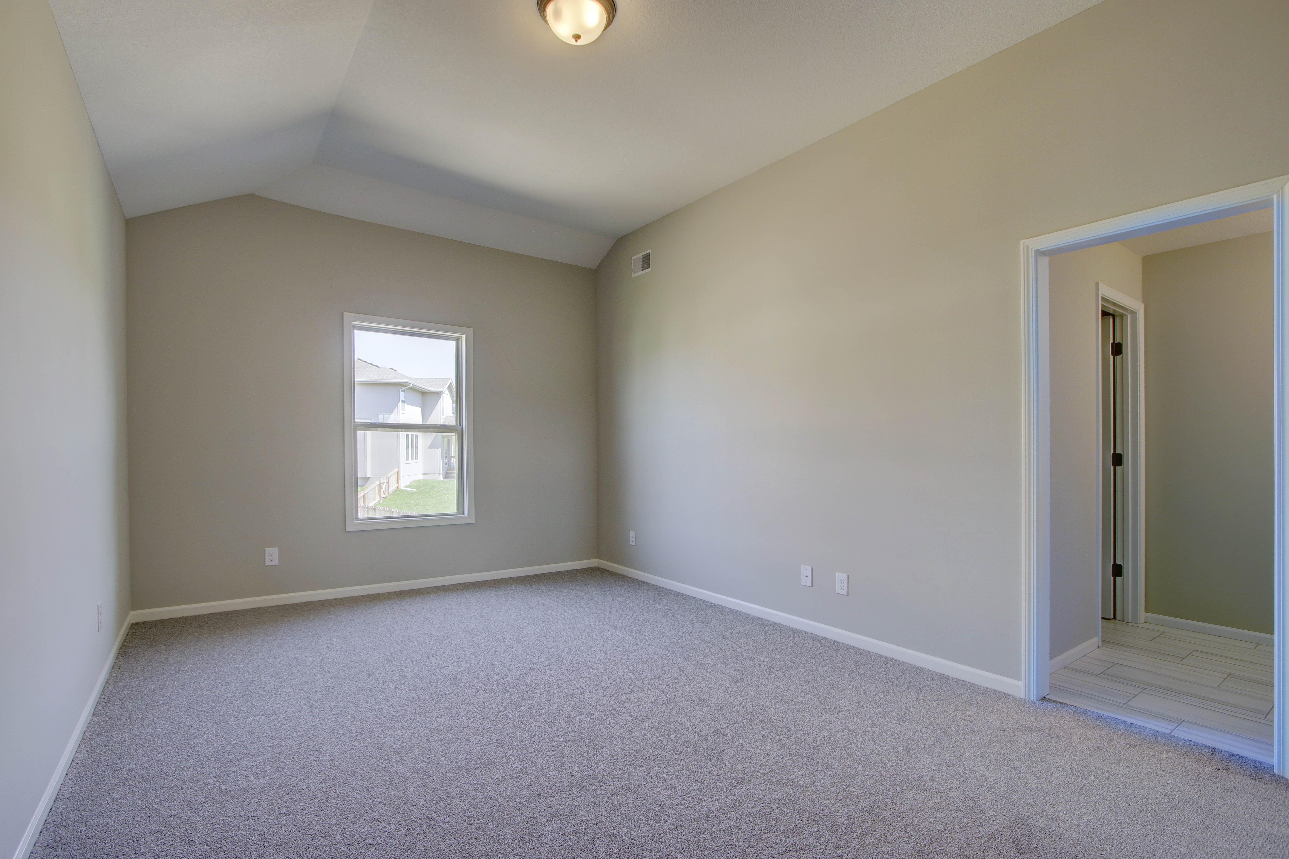 Bedroom - Samuel
