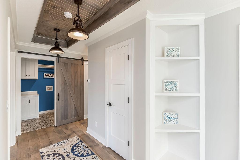 Bedroom Hallway - Makenna