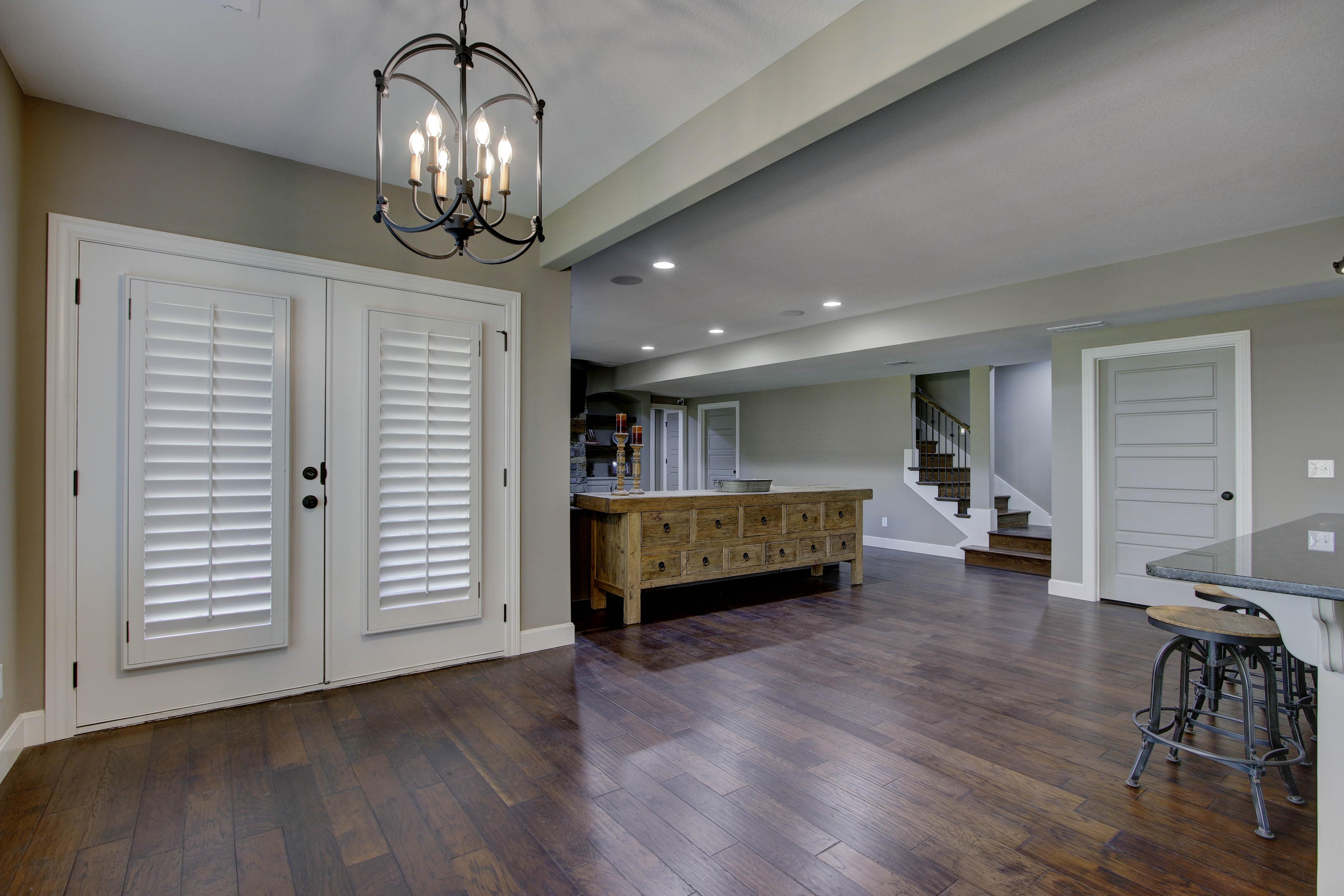 Kitchen (lower level) - Savannah
