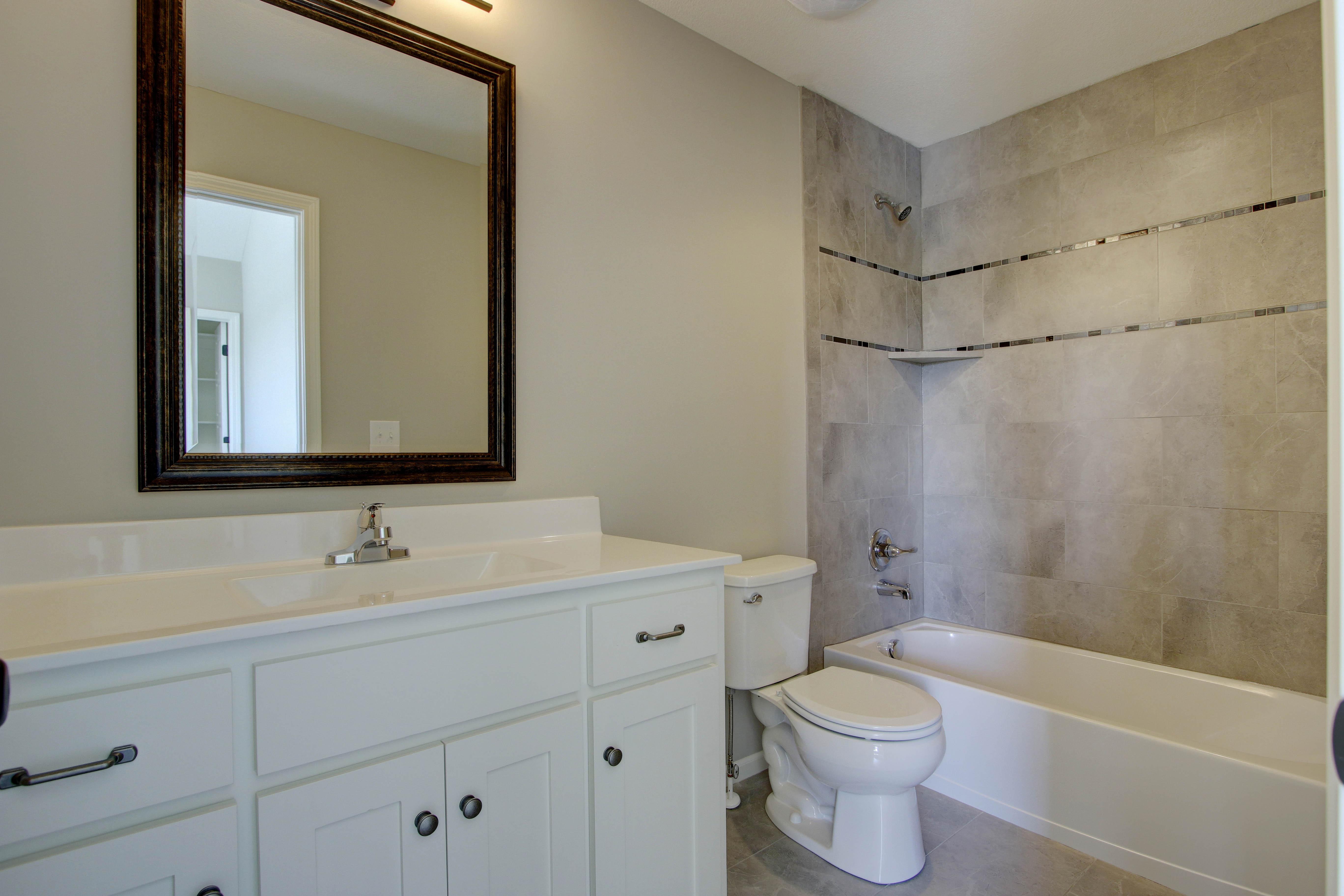 Bathroom - Samuel