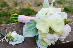 20160907155341-3-buds-blossom