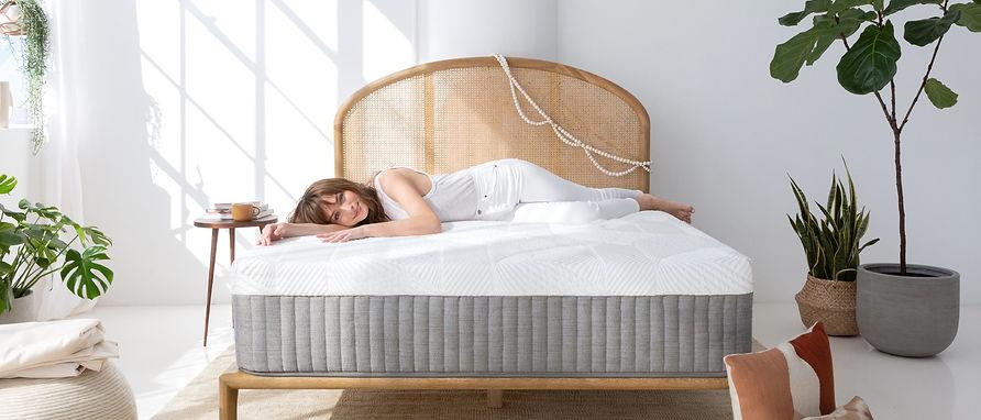 mattress-women.jpg