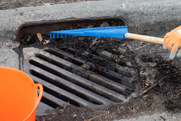 Help reduce urban flooding by unplugging blocked storm drains