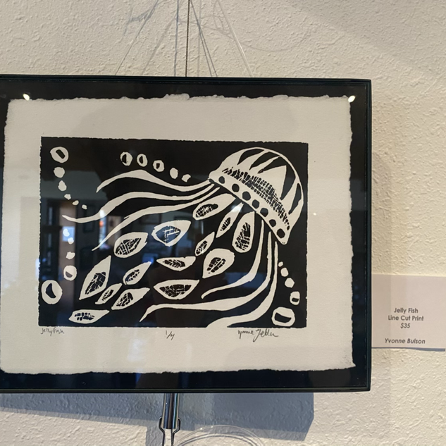 Jelly Fish by Yvonne Bulson