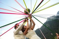 Photographe mariage nature chamonix montagne bouquet
