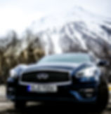 Photographe chamonix shooting produit Infinity SUV voiture montagne neige hiver