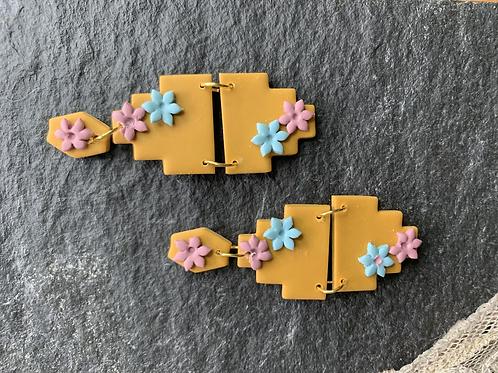 LULU   Aztec Dangle Earring