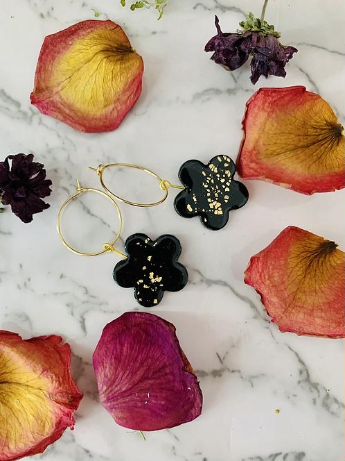 Black Daisy | Gold Leaf | Resin Coated