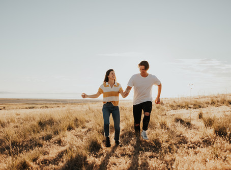 Antelope Island Adventure Session   Hailey and Fletcher