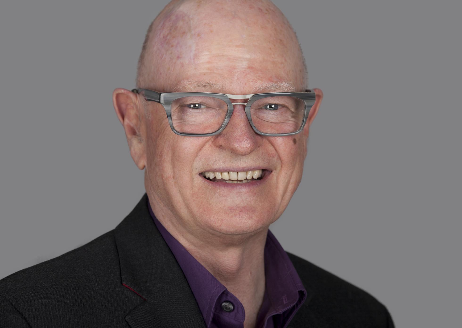 Dr Geoff Crinean