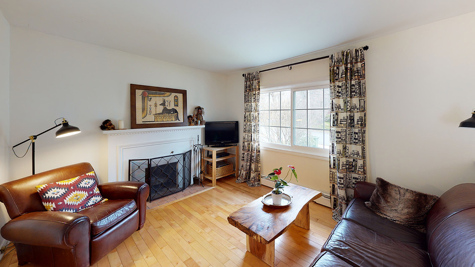 86-Bedford-Hills-Living-Room.jpg