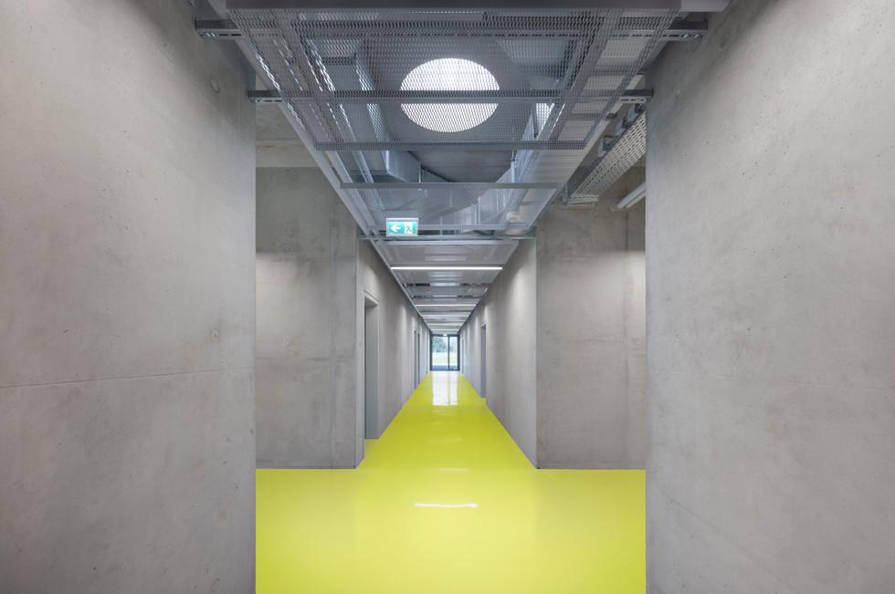 Markus Guhl Architekturfotografie Stuttgart Süddeutschland Architekturaufnahmen Planungsgruppe Gestering Knipping Schone Halle für Brandschutzkräfte