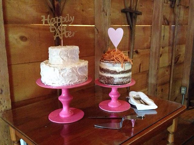 Our bride & groom loves carrot cake