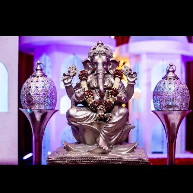 Beautiful Hindu setup ready to go.